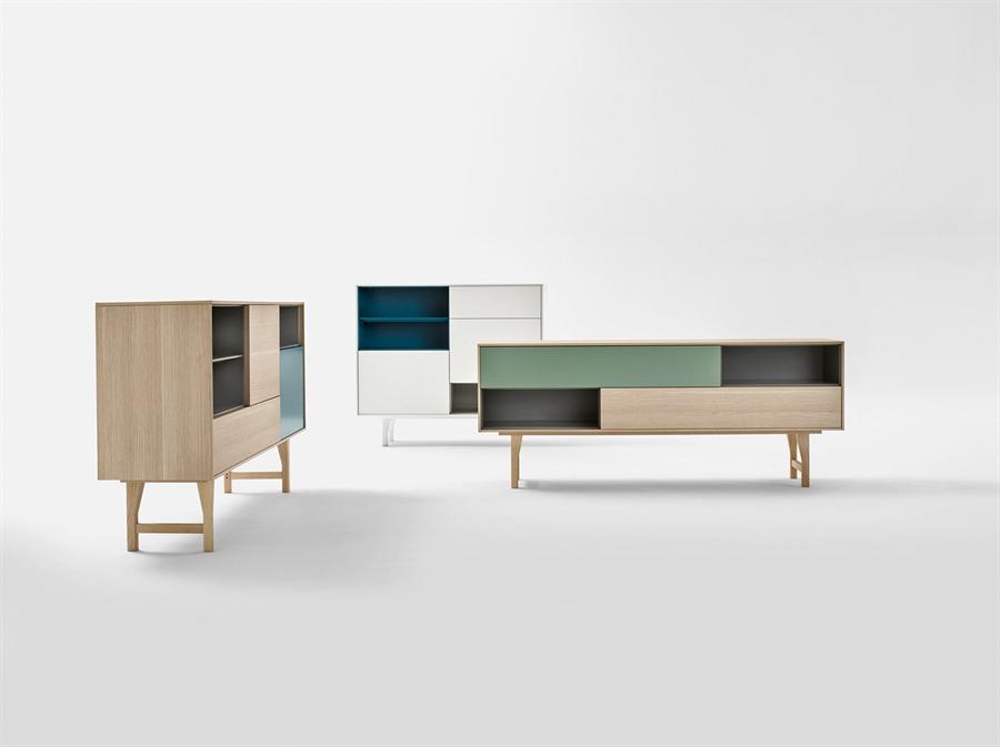 Madia kuri quadrata kuriq novamobili di novamobili in for Madie design online